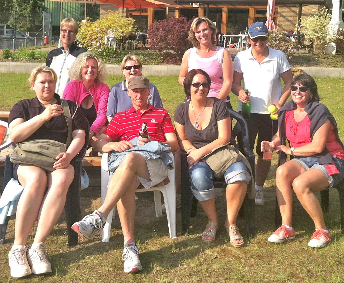 Bericht der 3. Damen 30+ vom 19.5.2012 - TC QUICKBORN